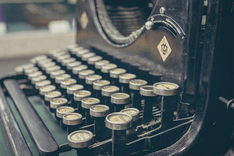 ghostwriter-ghostwriting-pisarz-widmo-copywriter-cennik-copywriting-cennik