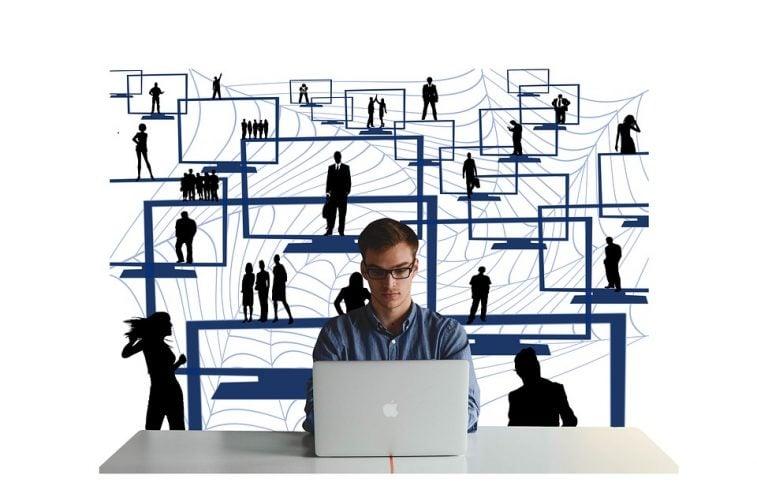 narzedzia e-marketingu, e-commerce-zapewnia-dobry-copywriter-pl-prezentujacy-swoje-portfolio-cennik-i-uslugi-seo-na-copywriting-pozycjonowanie-i-projektowanie-stron-internetowych