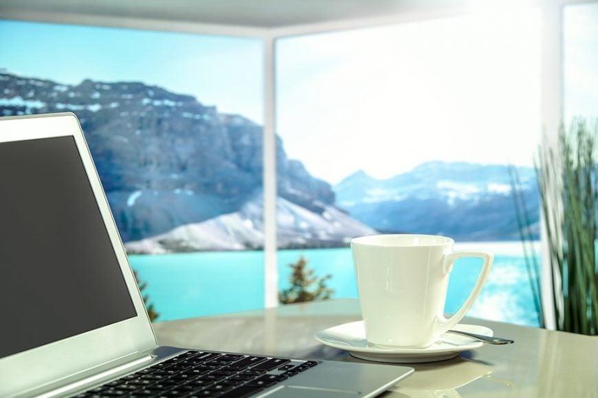 organizacja miejsca pracy, miejsce pracy copywritera, jak pracuje copywriter, organizacja pracy w domu