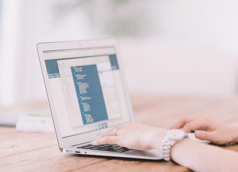 jak pisać skuteczną ofertę handlową, oferta handlowa, jak przygotować dobrą ofertę handlową, jak pisać skuteczne teksty reklamowe, jak pisać skuteczne teksty sprzedażowe