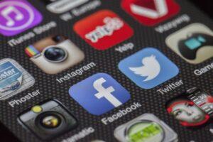 Pozycjonowanie przez Social Media czyli media społecznościowe