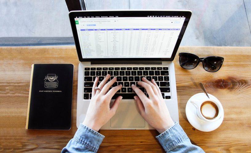 sztuka pisania skutecznych tekstów reklamowych, teksty na strony internetowe, teksty reklamowe, copywriter, copywriting