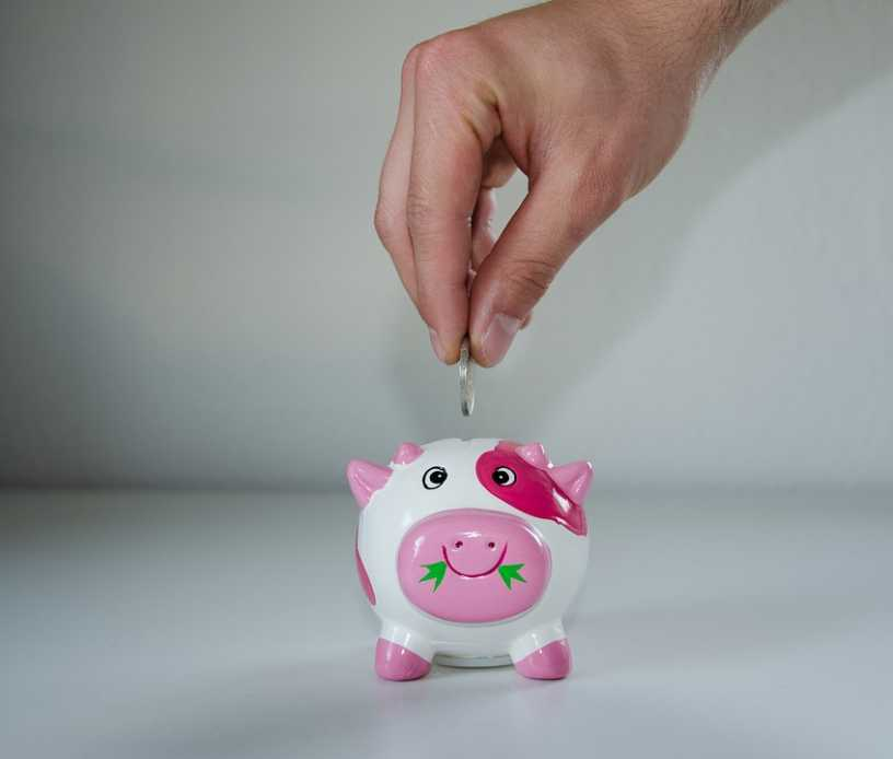 jak zacząć zarabiać i oszczędzać pieniądze jako dziecko