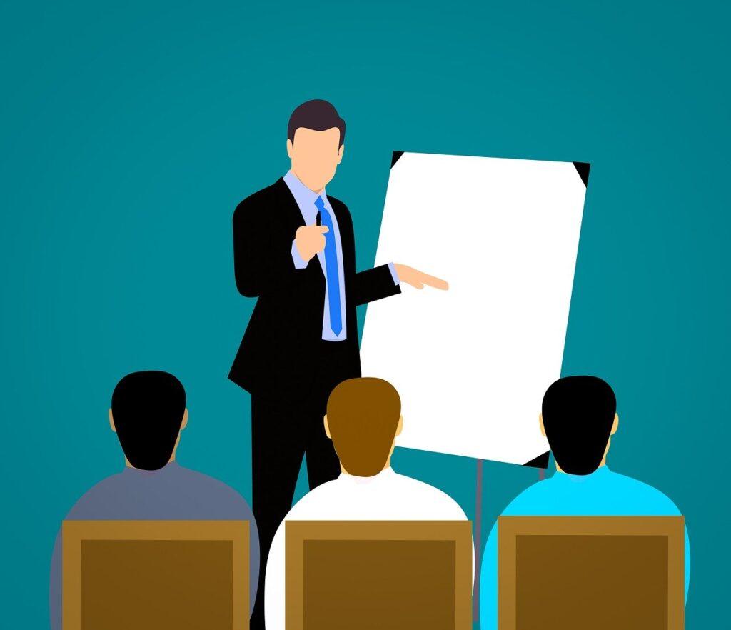 kontakt z autorem kursu o tworzeniu i sprzedaży kursów online