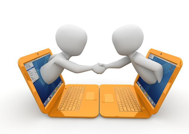 stały kontakt z autorem kursu Tworzenie stron www i bloga WIX